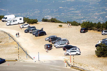 borrowed: Road Mont Ventoux amount borrowed by Many cyclists and cars