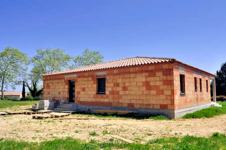 Detached house under construction in rural area Stockfoto