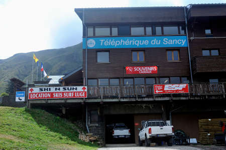 The departure station of the puy de Sancy cable car with its little shop selling souvenirs Sajtókép