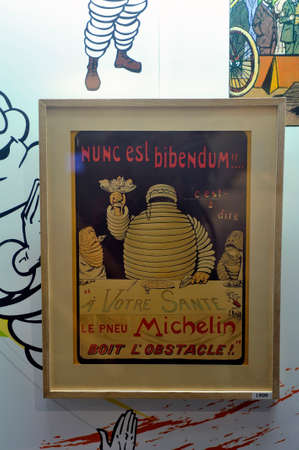 The very first Michelin advertisement with the Bibendum just created