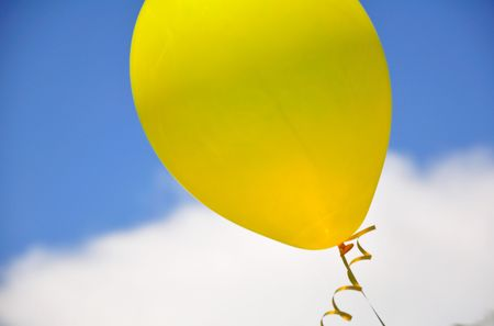 Yellow Balloon Stock Photo - 4957948