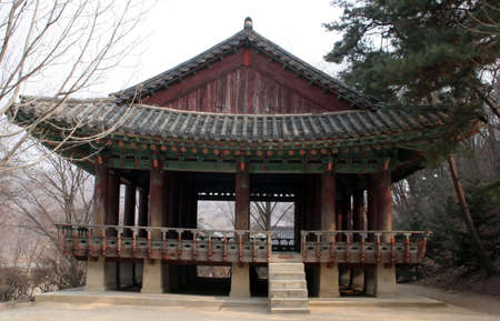 buddhist structures: Old Korean building at Suwon Folk Village, South Korea