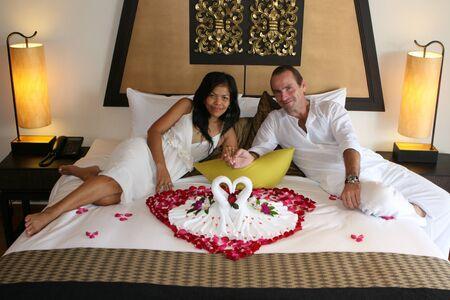 honeymooners: Honeymoon couple.