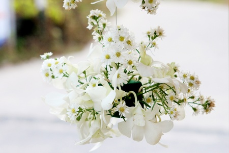 Beautiful flowers at a Western wedding ceremony.