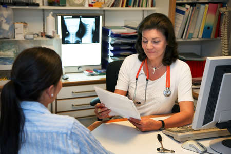 Doctor patient in conversation photo