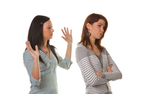 argumentative: Two young women eingeschnappt and insults in a dispute