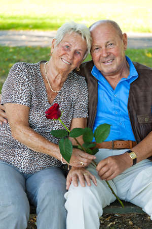 vigorously: Mature couple in love senior citizens. Portraits of a married couple.