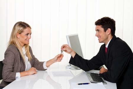 rental: Corredores de bienes ra�ces y los inquilinos a hacer concesiones. Entrega de vivienda clave