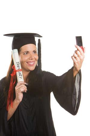 Junge Frau als Student nach dem erfolgreichen Abschluss mit Promotion