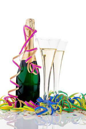 botella champagne: Botella de Champagne y gafas en la celebraci�n del Carnaval