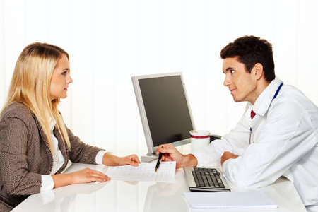family physician: Doctors call. Patient and doctor talking to a doctors office