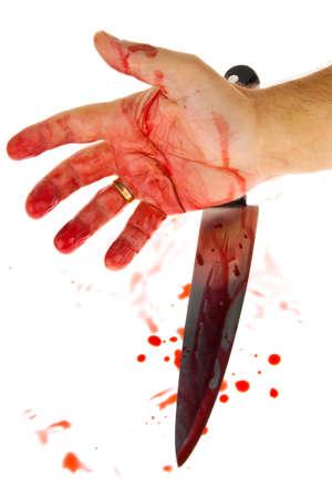 accident rate: Un cuchillo manchado con sangre. Un arma homicida. Delito de fotos representativas