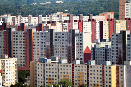 prefabricated buildings: Bratislava, Eslovaquia, la Uni�n Europea. Casas Foto de archivo