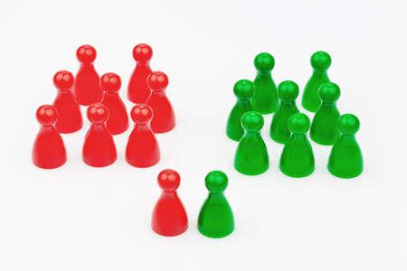 赤と緑の文字。赤と緑の連立政権。