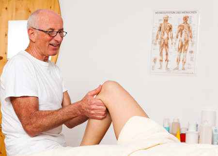 Relaxation, peace and well-being through massage. Lymphatic drainage Stock Photo - 9550578