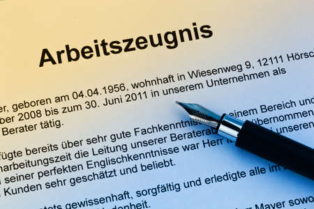The testimony of an employee working in the German language photo