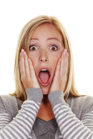 maladroit: Une femme sans m�fiance est abasourdi. Effray�e et impuissante