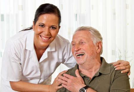 ambulant: a nurse in elderly care for the elderly in nursing homes