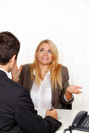 therapie: counseling session. consultation and discussion with consultants and customers. Stock Photo