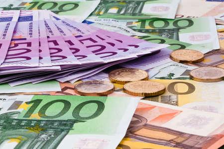banconote euro: banconote in euro molti dell'Unione europea e un risparmio di bilancio Archivio Fotografico