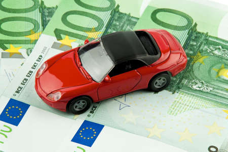 auto leasing: car € bills  car costs, financing and leasing