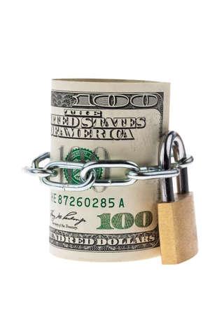 viele Dollar-Scheine sind mit einem Schloss verriegelt