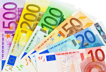 banconote euro: banconote in euro i soldi i soldi eu isolato su uno sfondo bianco