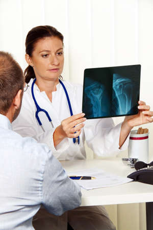 physician practice with patients  interview and counseling treatment Stock Photo - 14337620