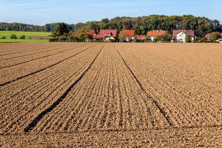 de vers bewerkte velden van de boeren achtergrond verstedelijking ruimtelijke ordening en regionale planning