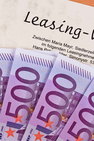 Leasing: many euro notes and lease
