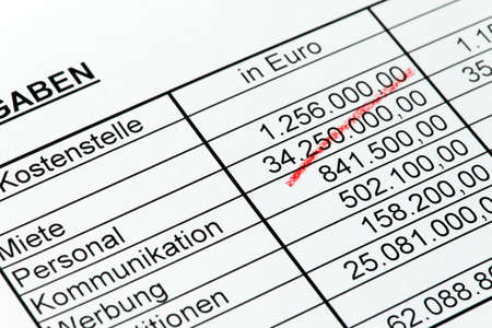statistics with figures of a rotstiftin german Stock Photo - 17633940