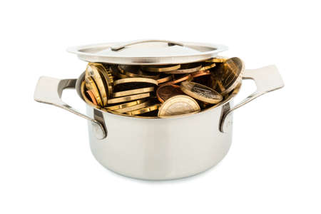 subsidize: a pressure cooker is well filled with euro coins, symbolic photo for funding