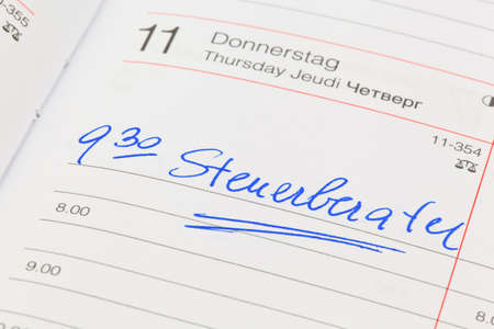 auditors: a date is entered in a calendar  accountants