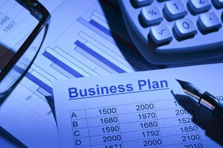 il business plan per una società o imprese stabilimento di pianificazione di un giovane imprenditore