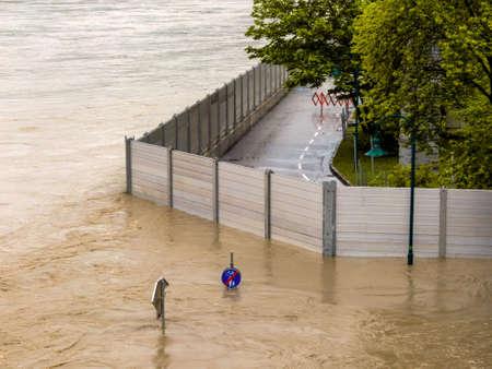 flood protection embankment Stock Photo - 20771271
