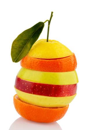 verschillende segmenten van verse vruchten met vitamines Stockfoto
