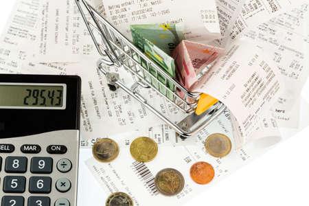 Einkaufswagen, Rechnungen und Quittungen