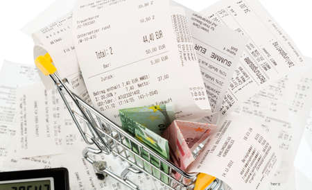 cash receipt: shopping cart, bills and receipts, symbol photo for purchasing power, consumption and inflation