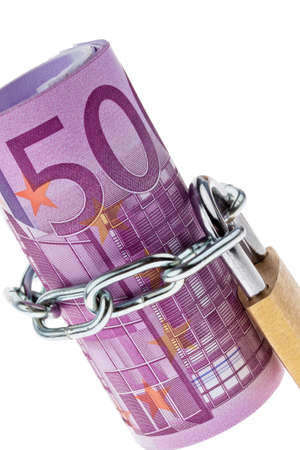 commissions: 500 euro bill concluded with a chain