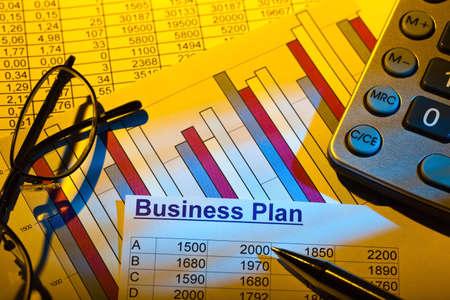 un plan d'affaires pour le démarrage d'une entreprise. des idées et des stratégies pour la création d'entreprise.
