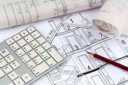single familiy: proyecto de un arquitecto para la construcci�n de una nueva casa. icono de la foto para la financiaci�n y la planificaci�n de una nueva casa.