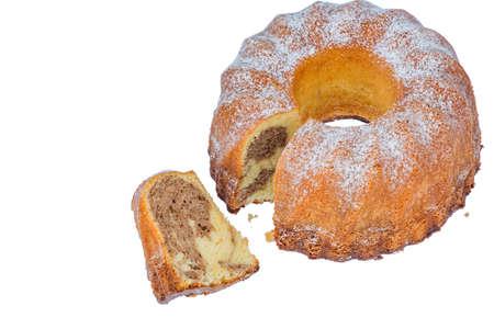 een marmeren cake voor het dessert. symbolische foto voor belastingen, toeslagen en aandelen