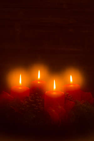 advent wreath: an advent wreath for christmas ensures romatinsche mood in the silent advent.