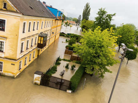 immobilien: flood 2013 linz, austria. inundation and flooding. Stock Photo