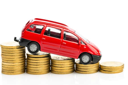 lull: falling profits in the car trade and car manufacturers.