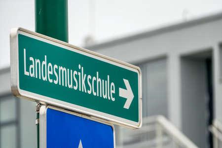 musicality: segni Landesmusikschule, simbolo di educazione, cultura, musicalit�, disputa tra fazioni Archivio Fotografico