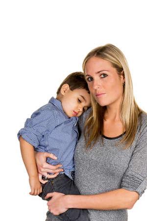 madre soltera: madre e hijo s�mbolo de amor, cuidado, madre soltera Foto de archivo