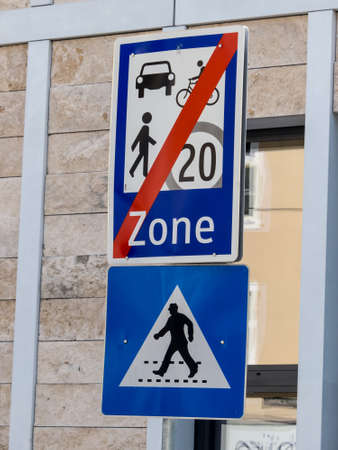 velo: a little traffic or road is indicated by a traffic sign Stock Photo