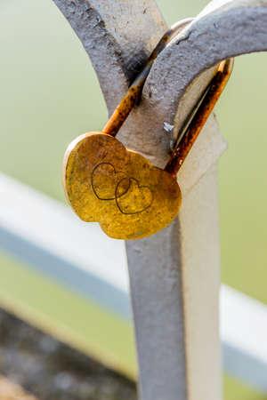 self contained: padlock symbolizing the love, loyalty, partnership, romance Stock Photo
