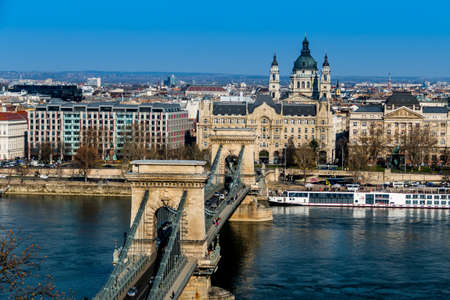 enlargement: Hungary, budapest. chain bridge and danube. the chain bridge is a landmark in the hungarian capital.
